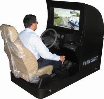 依时利新科技汽车驾驶模拟器 改变传统教学模式