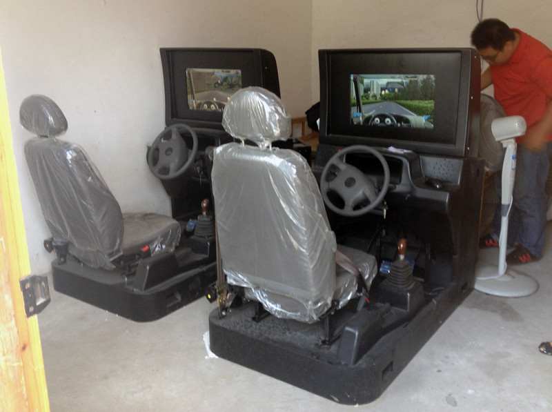汽车驾驶模拟器出货图片